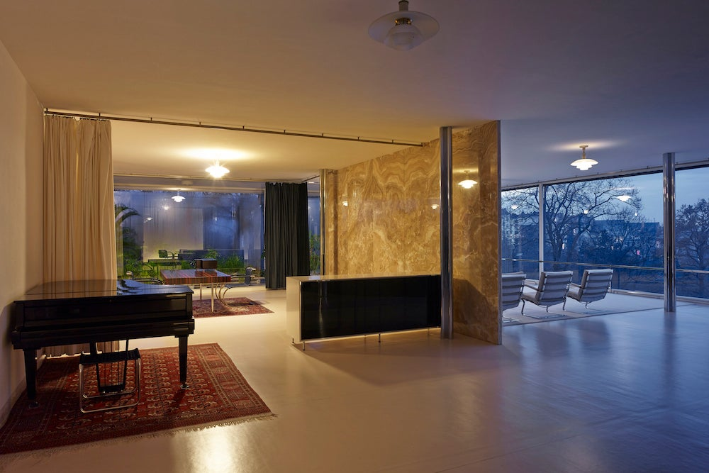Main living area of Mies van der Rohe's Villa Tugendhat