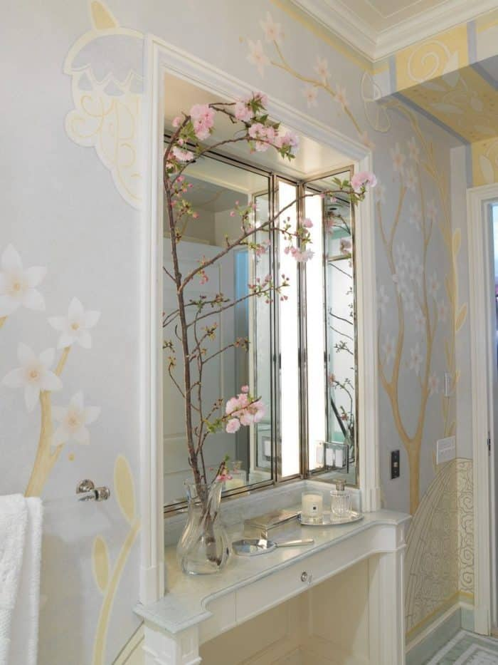 floral mural bathroom