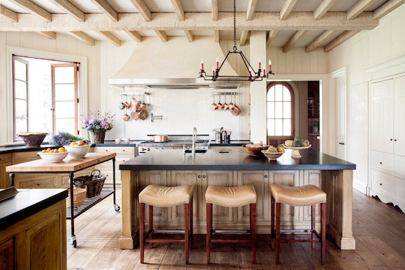 Farmhouse Interiors With Fabulous Modern Designs