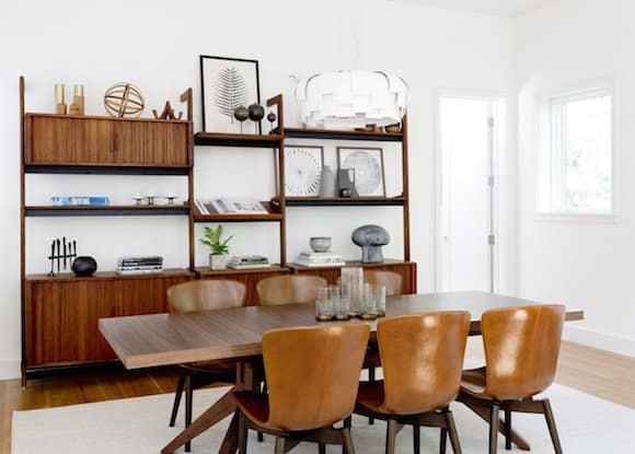 18 Spaces with Stylish Shelving | 1stdibs