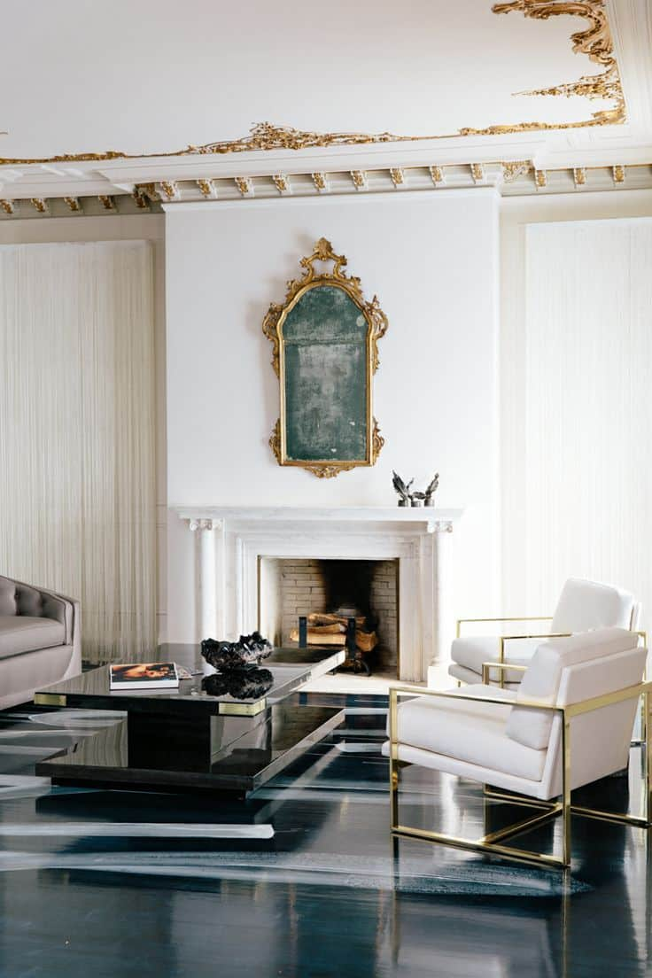 12 Rooms With Dramatic, Unexpected Mirrors