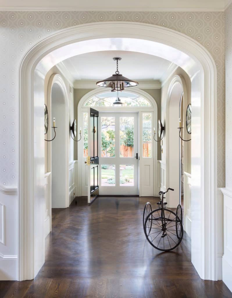 Tineke Triggs Artistic Designs For Living entryway