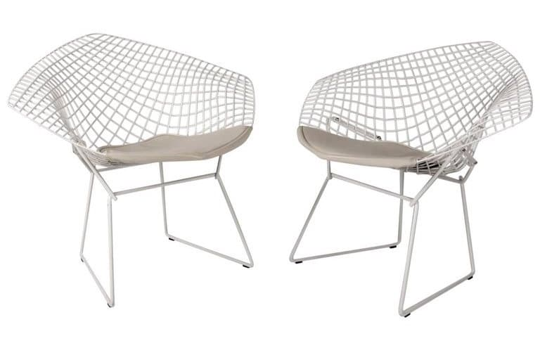 wire lounge chairs