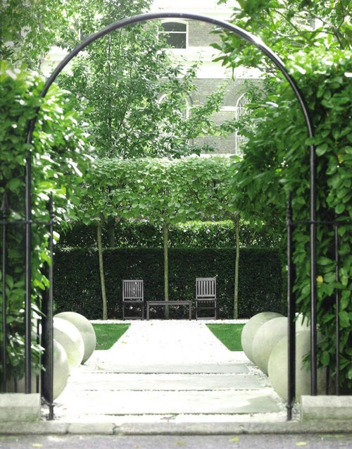 Anouska-Hempel-Outdoor-Design