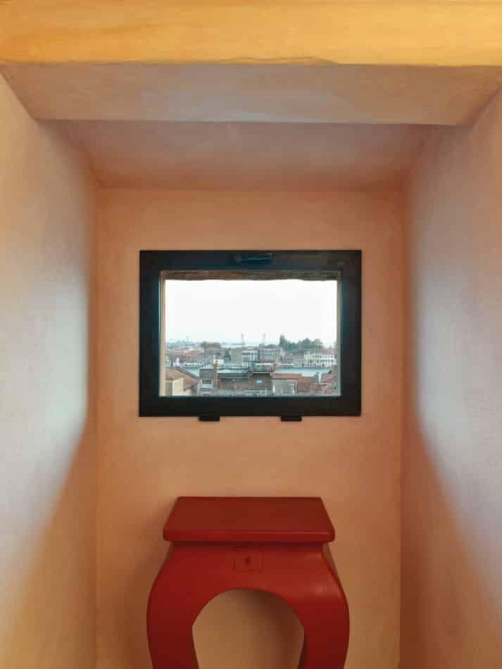 Venice apartment by Aldo Cibic