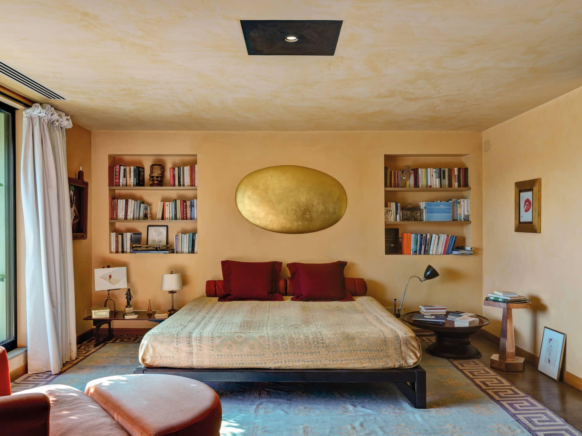 bedroom by Aldo Cibic