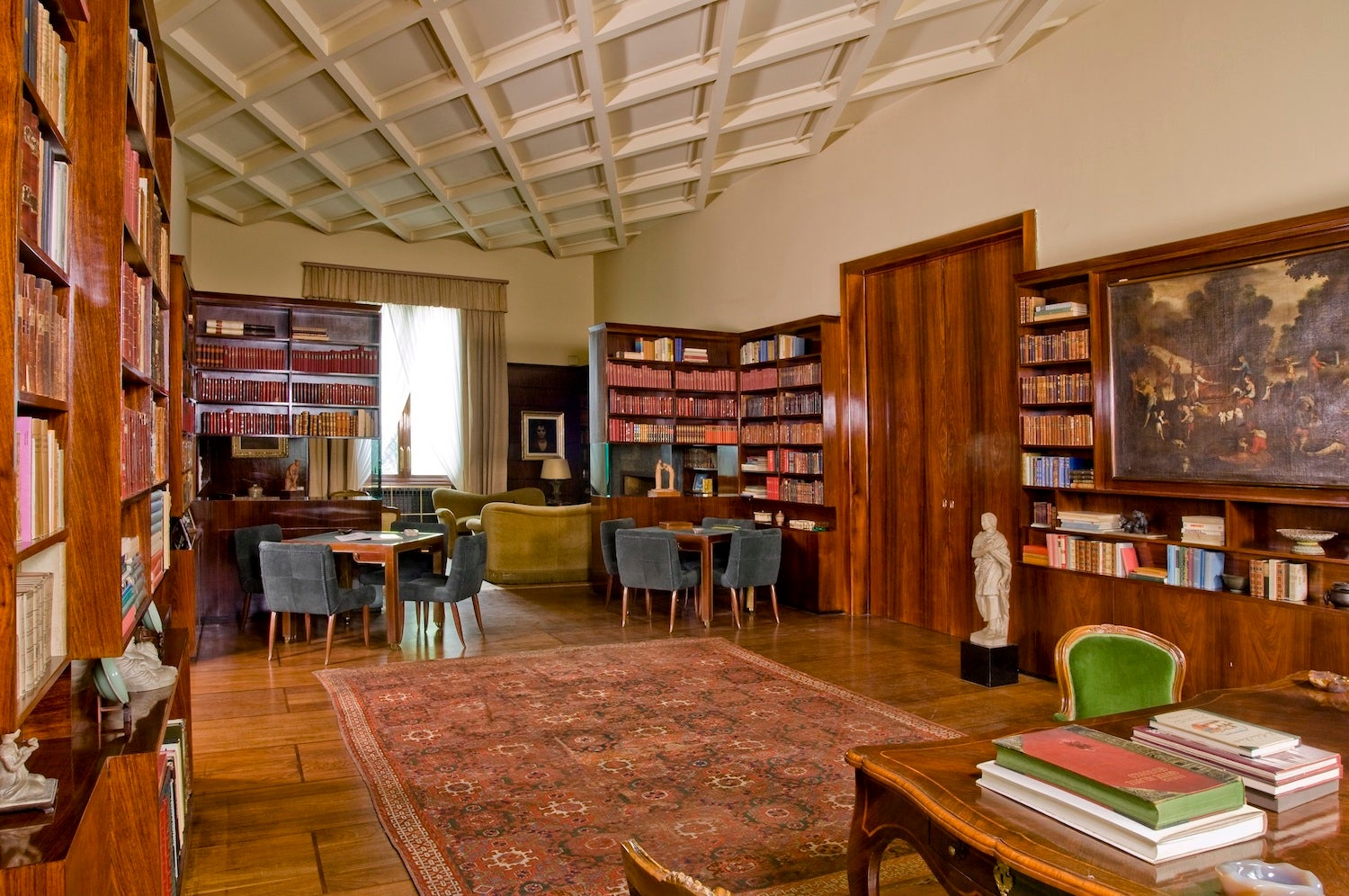 The library of Villa Necchi Campiglio