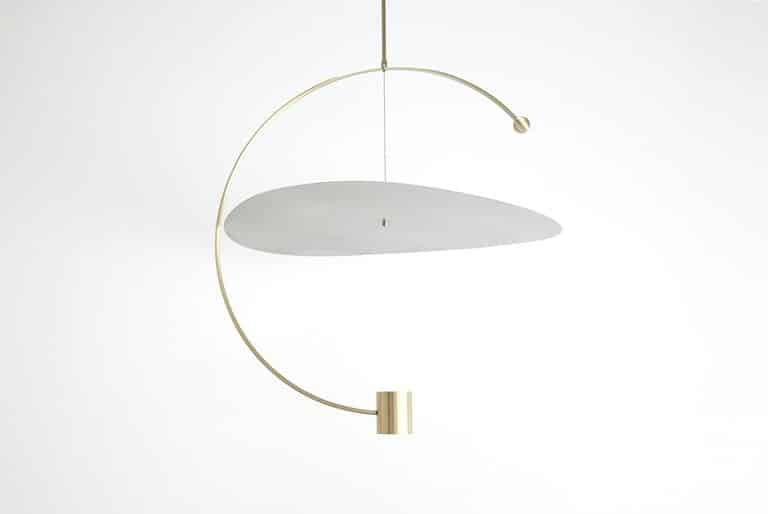 Ladies & Gentlemen Studio Float Round pendant light