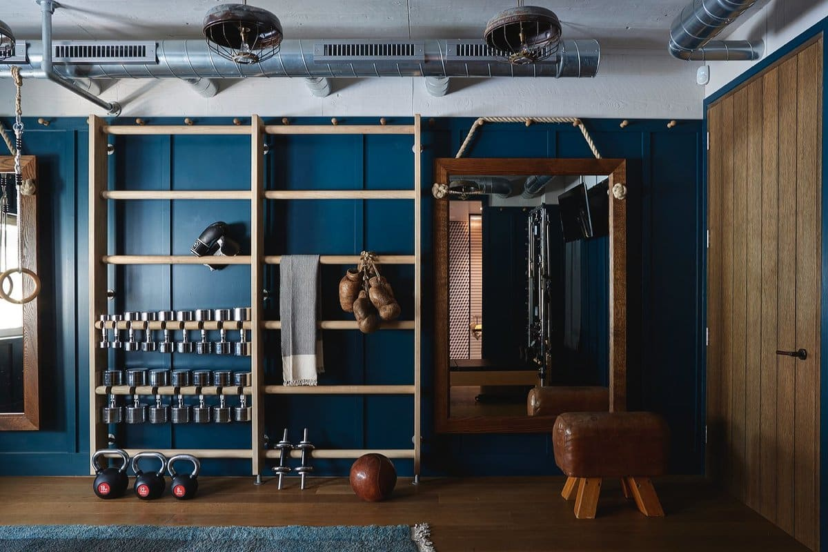Gym decor: interior design in fab home fitness rooms 1stdibs