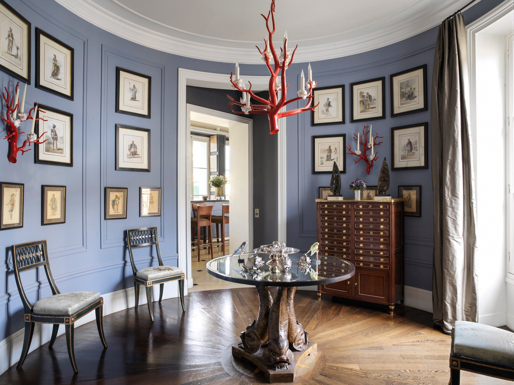 Tour Jamie Creel S Elegant Paris Apartment The Study
