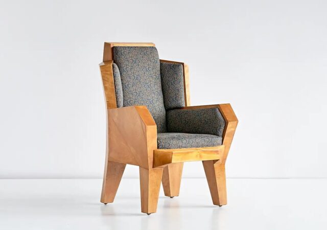 featured image for post: This 1920s Chair Is the Love Child of Mysticism and Czech Cubism