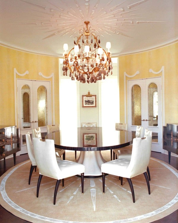 In Bel Air California Interior Designer Kelly Wearstler Used Sunny Citrus Tones High Gloss Lacquered Surfaces And A Round Neoclassical Savonnerie Rug