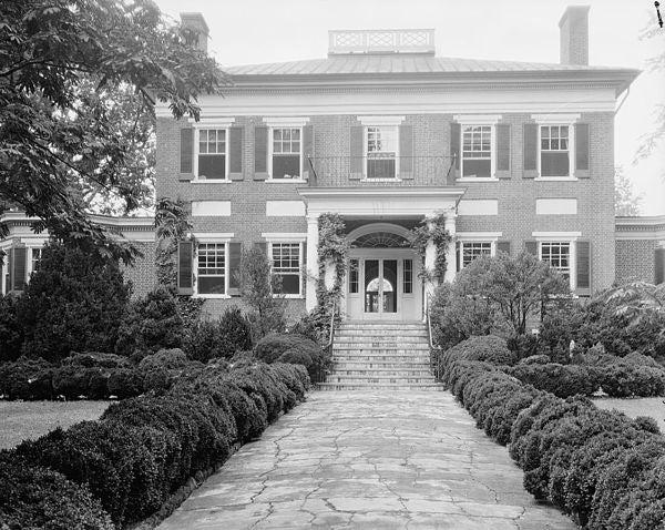 Mirador_Greenwood_Albemarle_County_Virginia_by_Frances_Benjamin_Johnston_1926