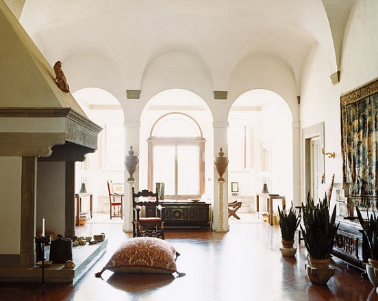 italian interior design: 20 images of italy's most beautiful homes