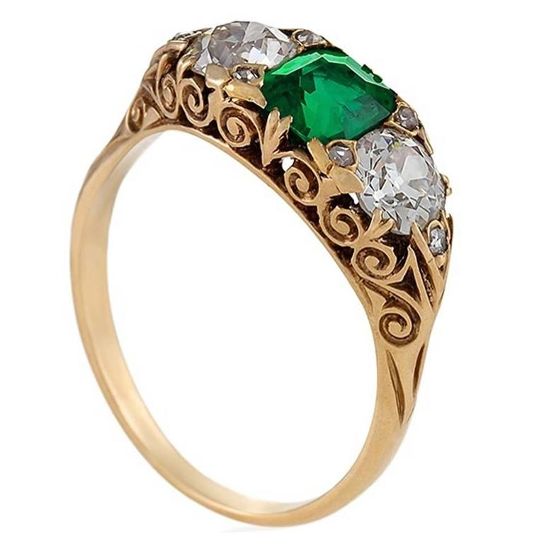 English emerald and diamond ring, ca. 1900