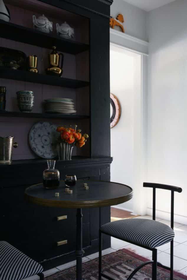 Black-painted nook by Studio Hus