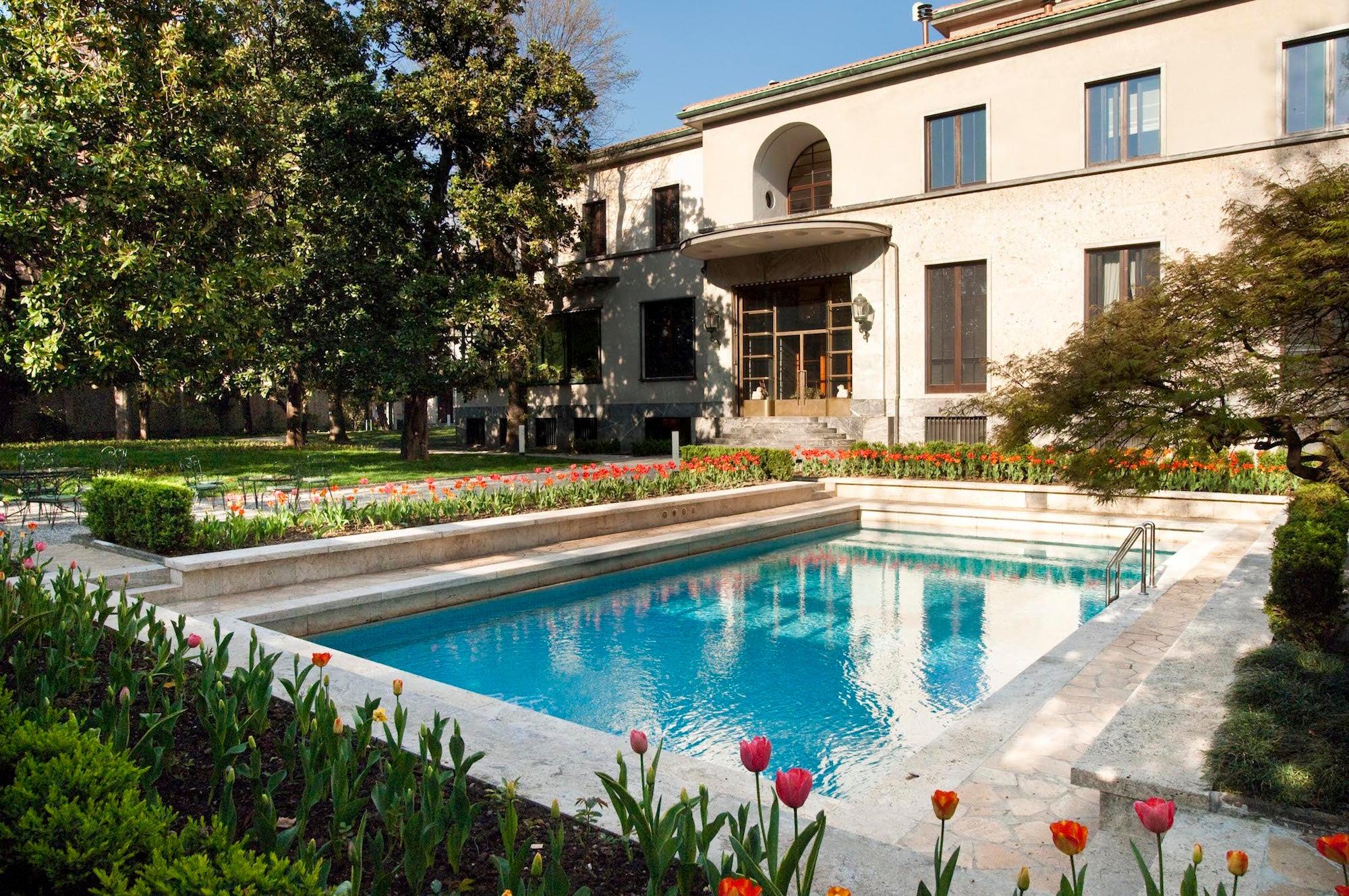Villa Necchi Campiglio exterior