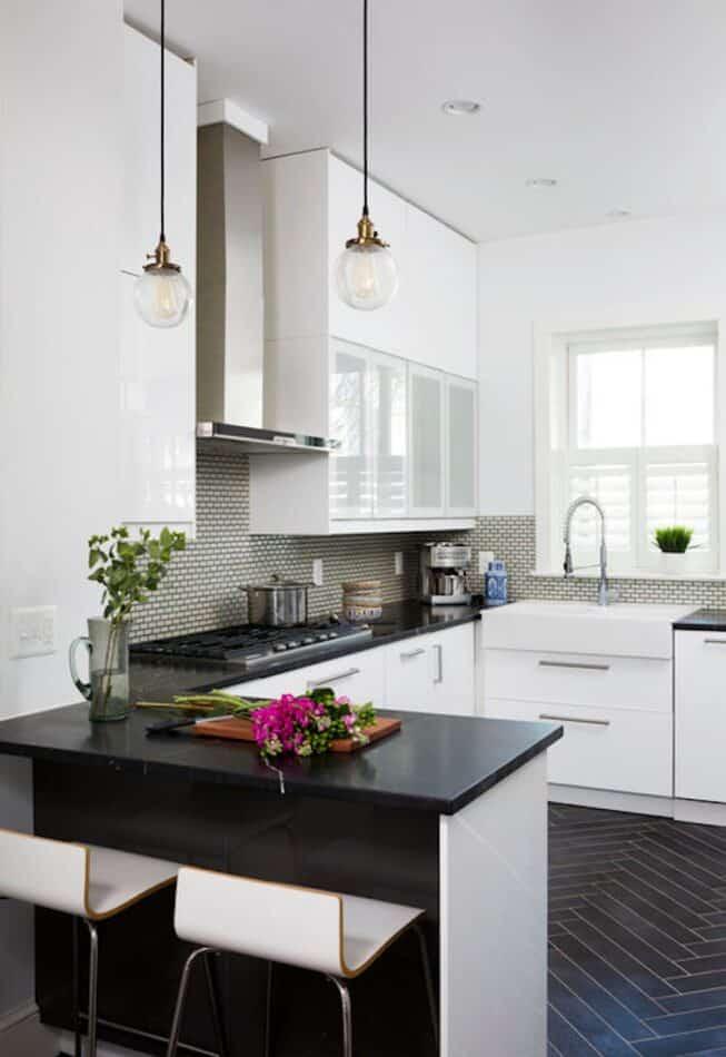 Zoe Feldman kitchen