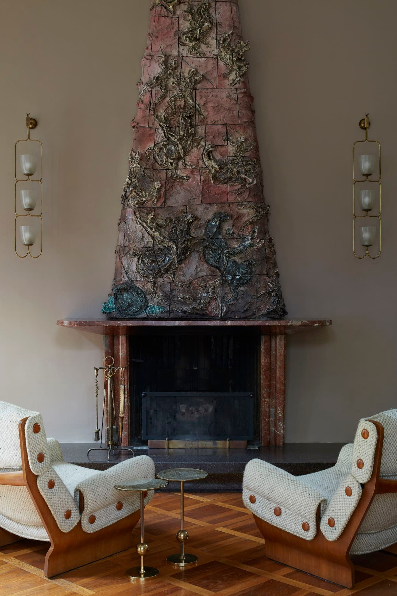 Lucio Fontana's fireplace in the living room of Villa Borsani
