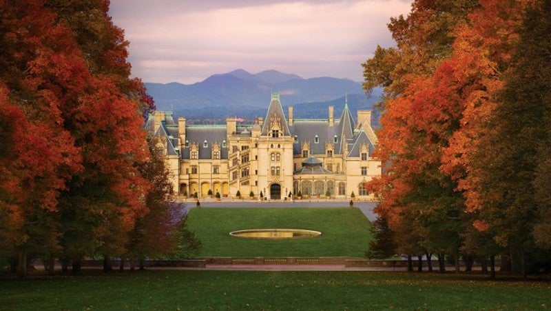 6 spookily beautiful haunted architectural gems the study for Is biltmore estate haunted