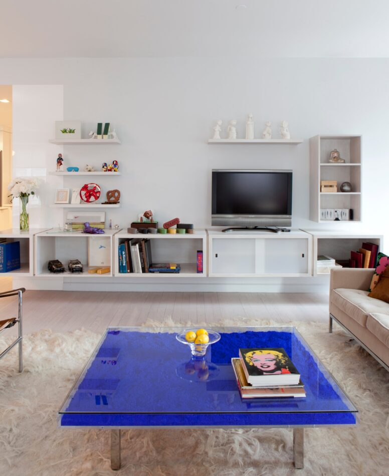 New York apartment with Yves Klein table by Reddymade Architecture and Design
