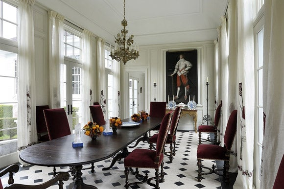 eclectic-dining-room-kent-ct-by-robert-couturier-inc1