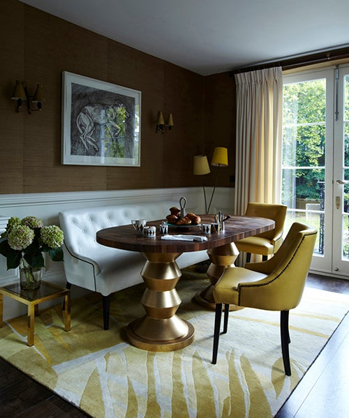 15 eye opening breakfast nooks the study for Dining room tables london