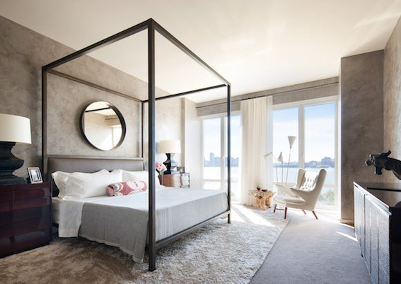 This Room Was Flooded With Light So I Wanted To Make It Dark And Cozy Shawn Henderson Says Of Manhattan Home Expansive Views The Hudson