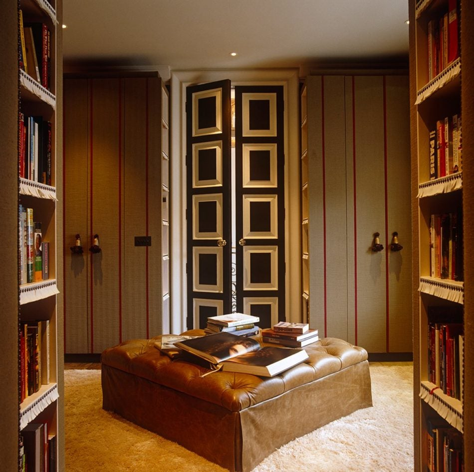 London closet by NH Design