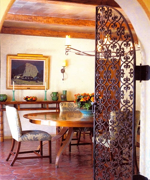 mediterranean-transitional-dining-room-beverly-hills-california-by-jarrett-hedborg-interior-design