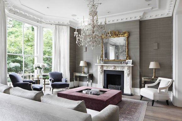 The Owners Of This London Townhouse Asked Carden Cunietti To Design A Neutral Backdrop Highlight Home S Elegance Chandelier From Marché Aux