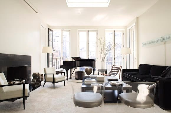 Peter Pennoyer Architects Designed The Two Penthouse Levels Of This Modern  Townhouse, One Of Which Includes This Minimalist Black And White Music Room,  ...