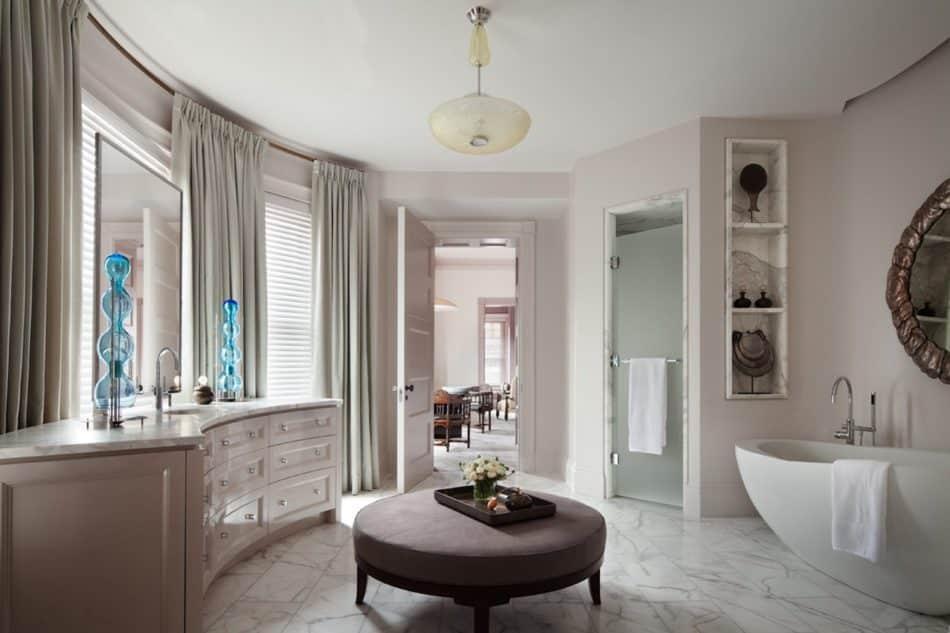 Thad Hayes Inc bathroom in Boston