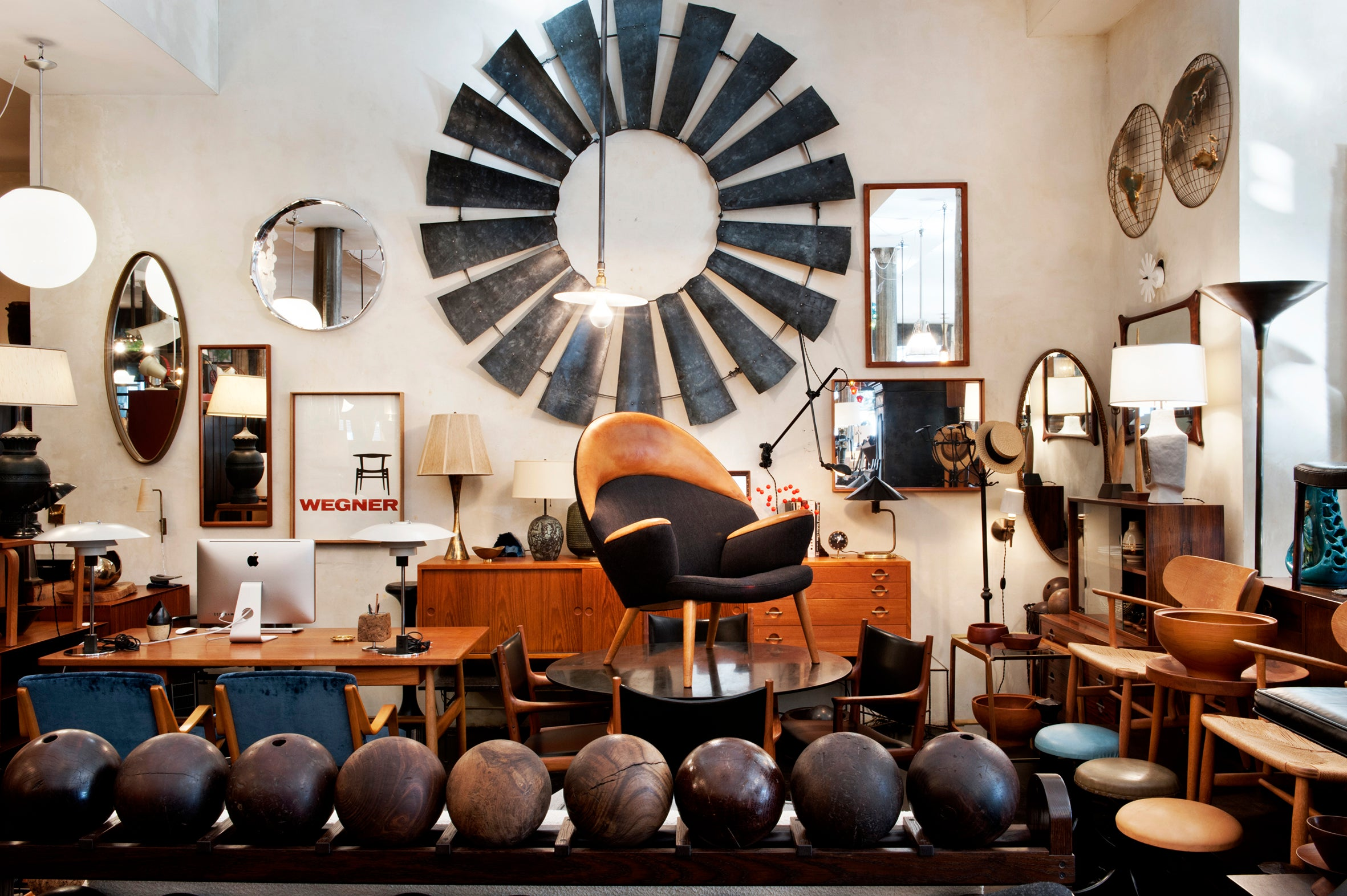Incroyable Wyethu0027s John Birch: New Yorku0027s Source For Vintage Modern Design