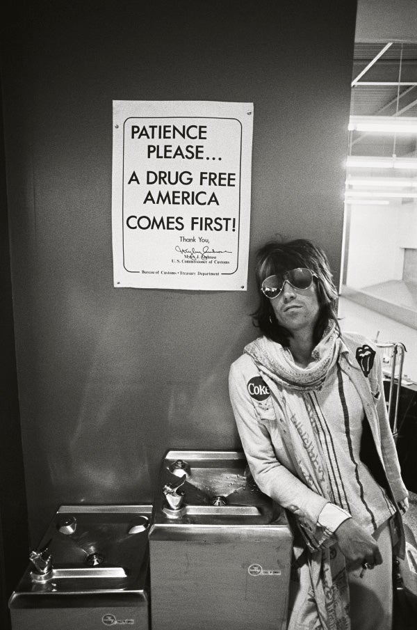 An Iconic Photo Of Keith Richards Taken In Airport During The Bands Infamous 1972 North American Tour C Ethan Russell