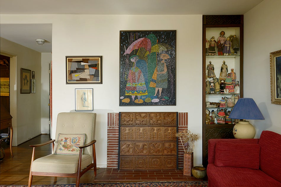 In Their Living Room, The Couple Combined Their Paintings, Ceramics,  Mosaics And Wall Hangings With Ethnic Art And A Mix Of Furniture By Alvar  Aalto, ...