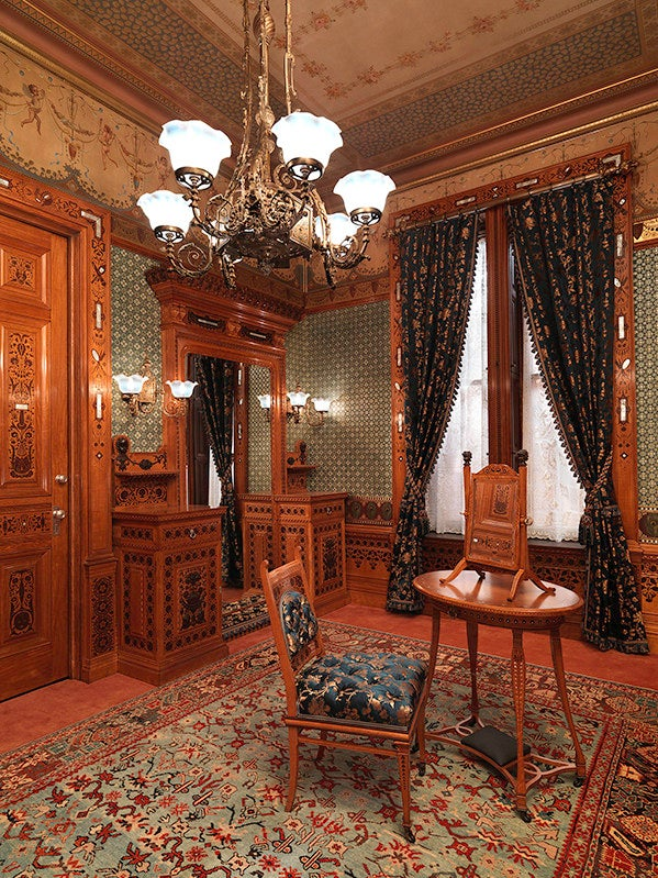 Gilded Age Design: Arabella Worshamu0027s New York Brownstone Decor