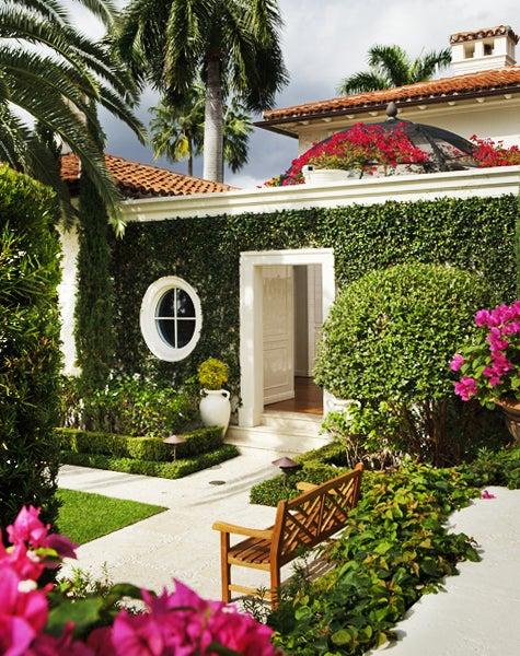 Mario Nievera Creates Gardens Worthy of Great Houses