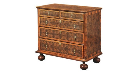 A Queen Anne Walnut Oyster-veneered Chest Of Drawers