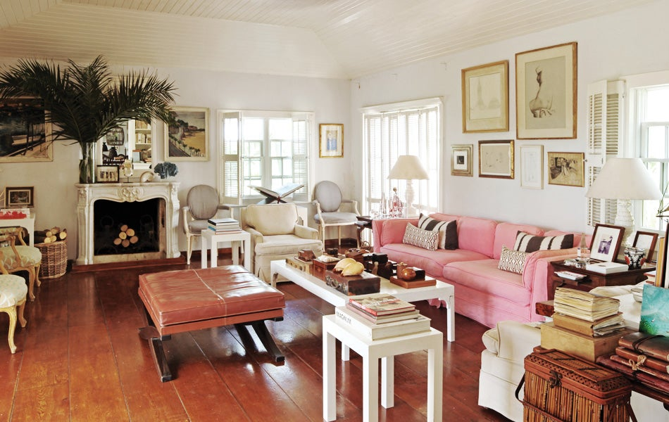 India hicks defines idyllic caribbean living 1stdibs for Island living interiors