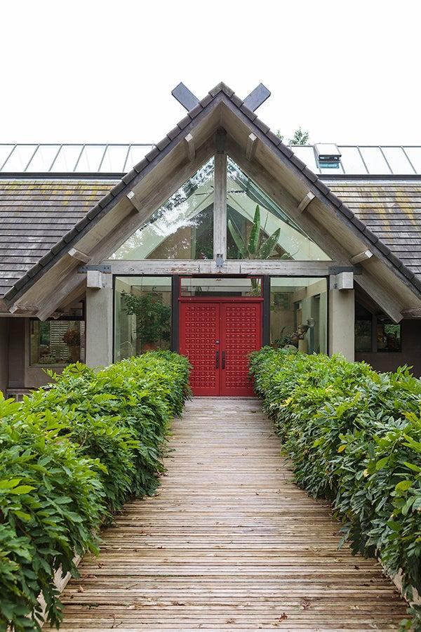 Wander through a World-Famous Hamptons Garden with Jack Lenor Larsen