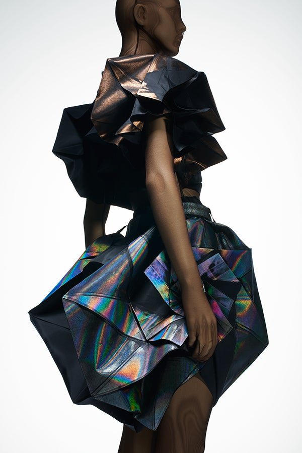 Miyake Debuted This Dress Made Of Recycled Plastic Bottles And Featured In The Recently Closed Tokyo Show Devoted To Designer Paris September