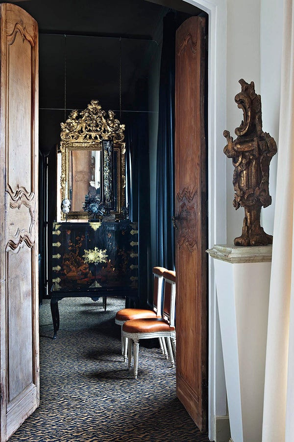 Reflections On Marvelous Mirrors 1stdibs Introspective