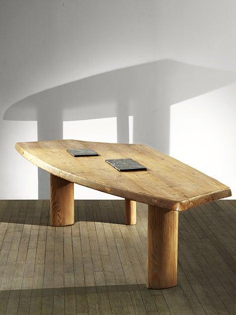 Table_Jeanneret1.jpg