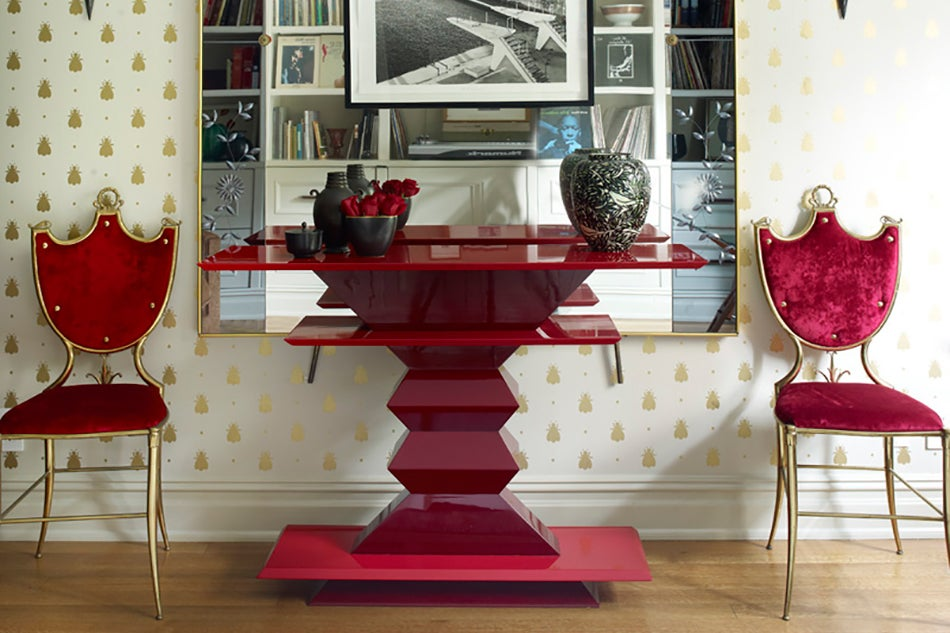antiques How antiques bring life to contemporary spaces Alexandra Loew interiors Apartment1
