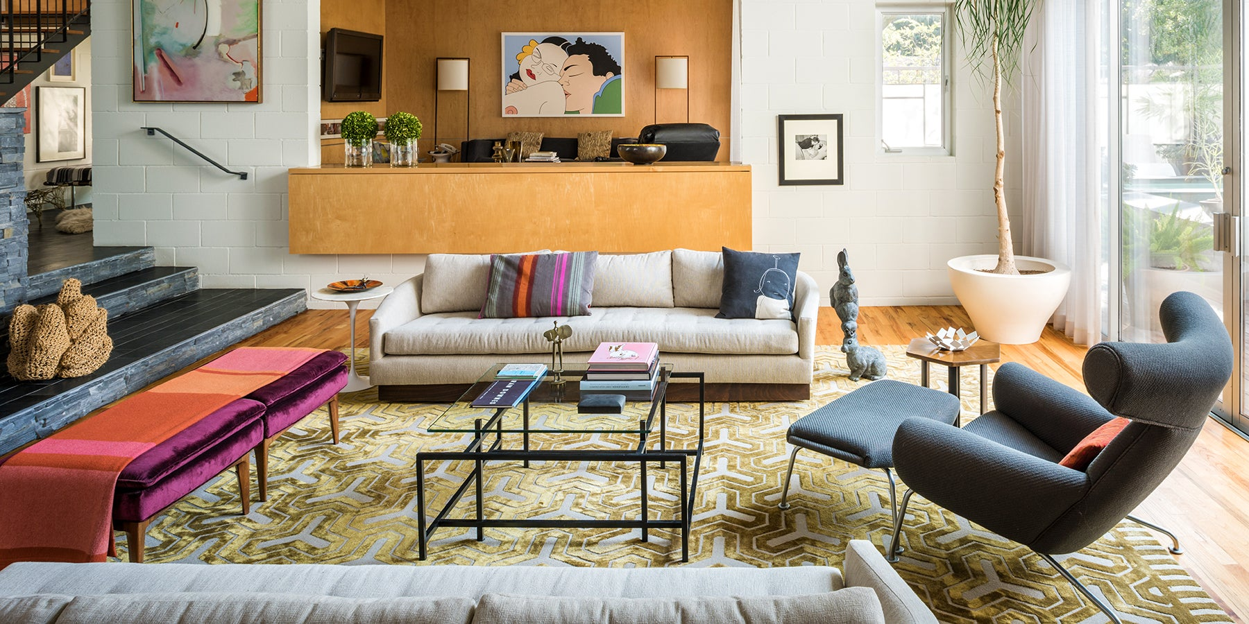lynn goode boosts playful design in houston 1stdibs introspective