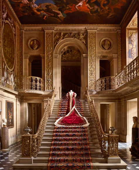 England S Aristocratic Chatsworth House Brims With Style