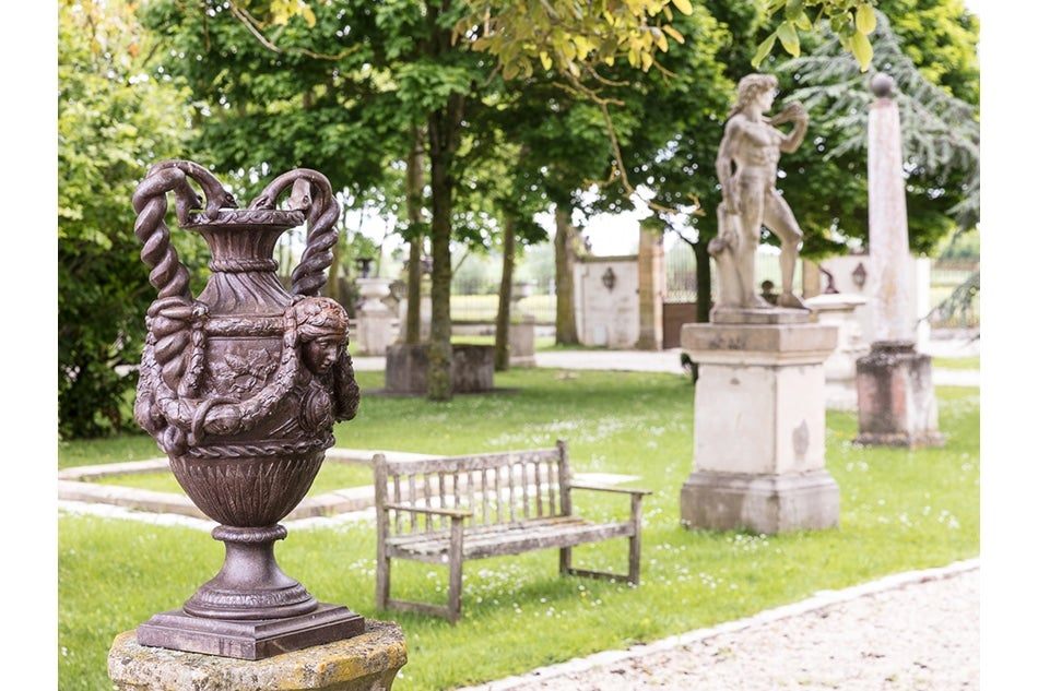Where Connoisseurs Go for French Architectural Salvage