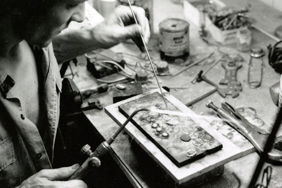 The Origins Of David Yurman S Famous Cable Bracelet