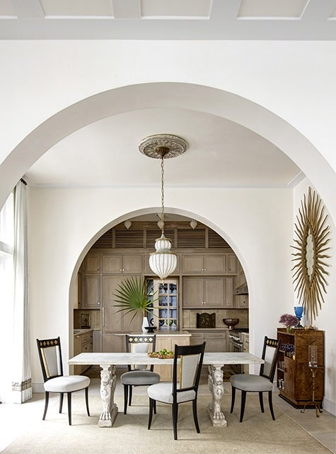 Breakfast room of Alys Beach Florida house by Texas architect Michael Imber